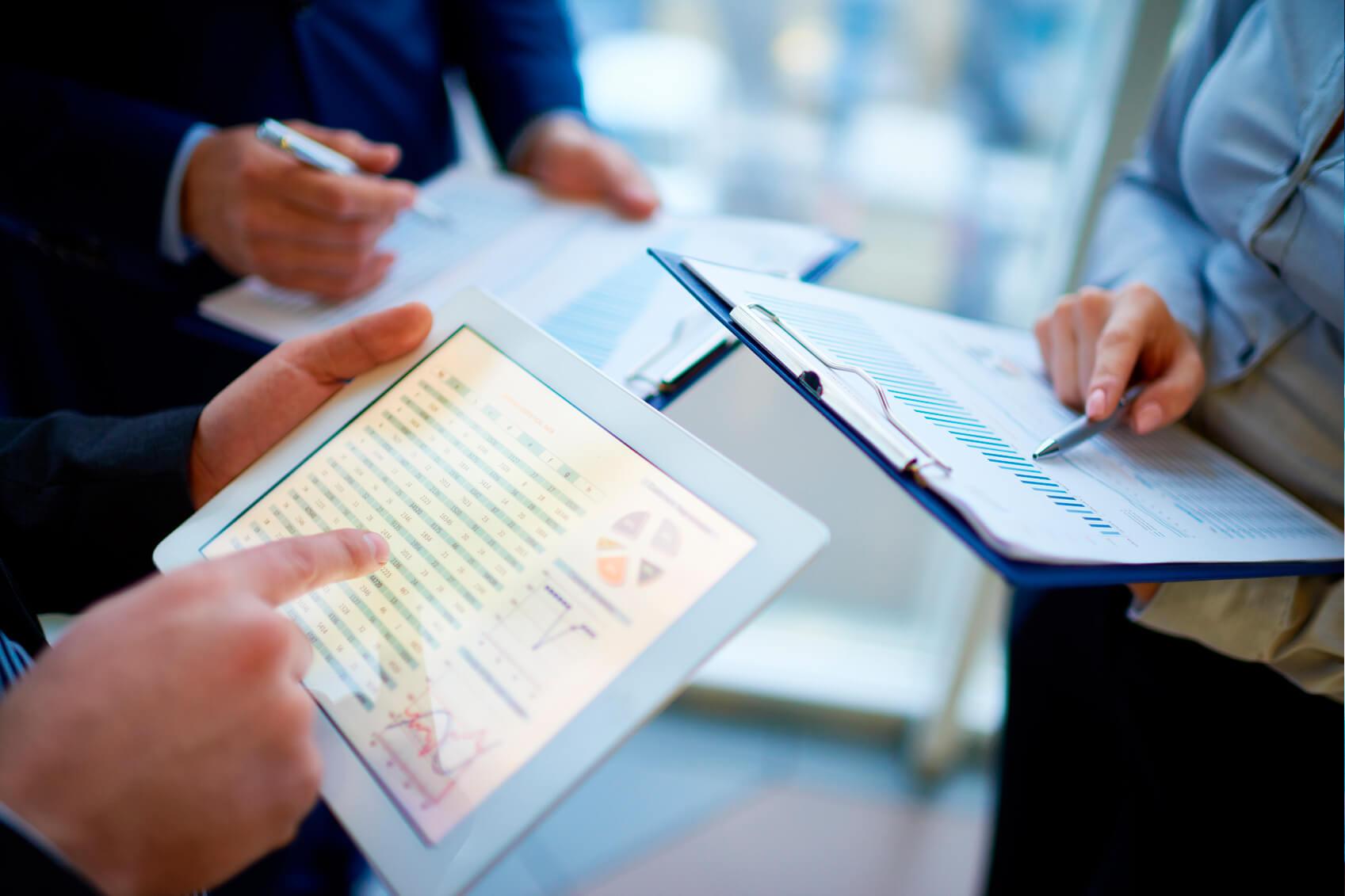 Gráficos en tablet - Inversiones