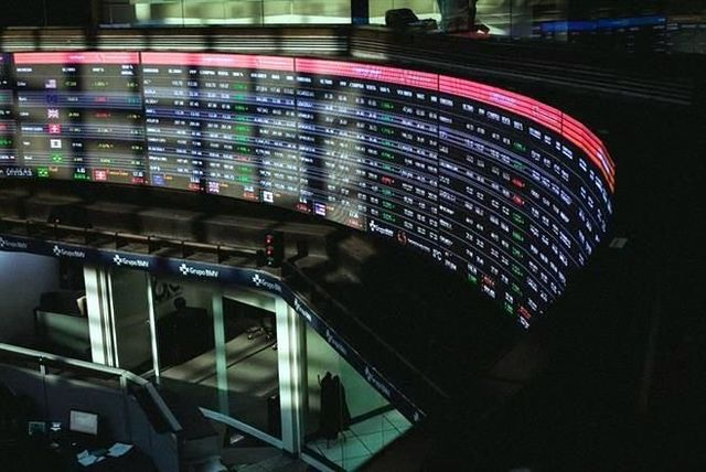 Cápsula Semanal de Inversiones: Retroceso en Mercados Globales
